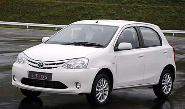 harga-toyota-etios-sedan-hatchback